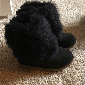 Baby Gap black faux fur boots sz 8 toddler